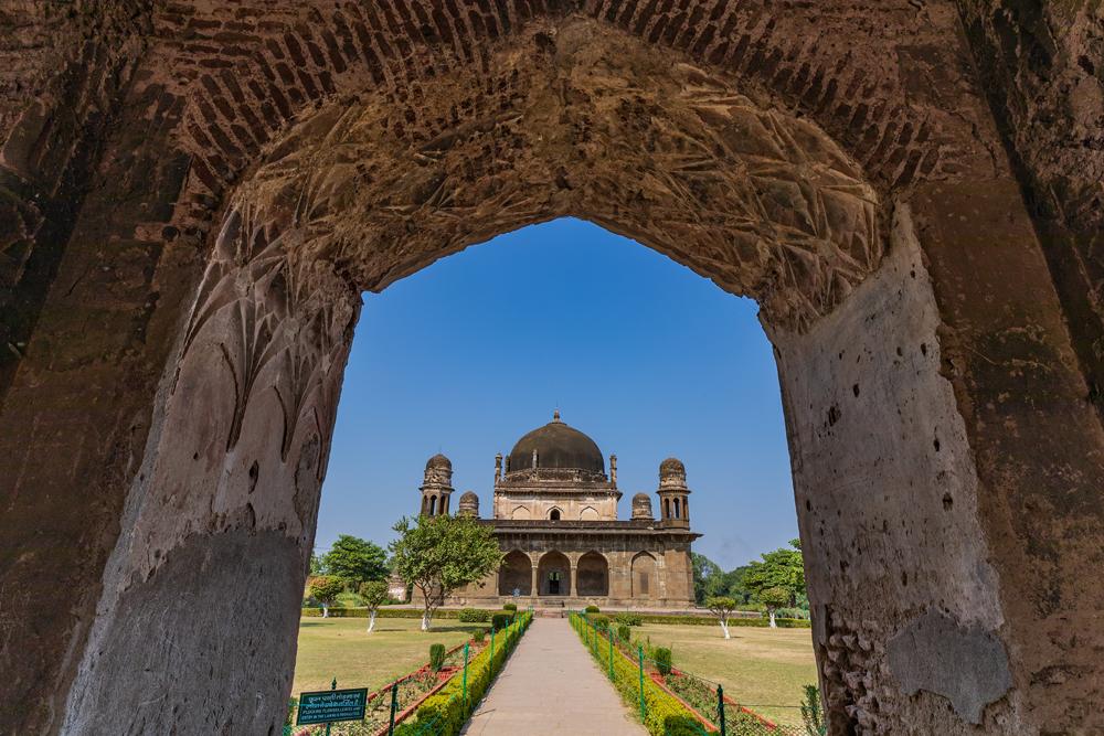 Shah-Nawaz-Khan.jpg
