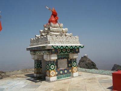 dattatreya-temple%20junagadh.jpg