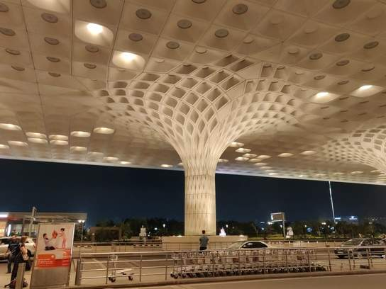 Private Transfer Mumbai Airport to Hotel