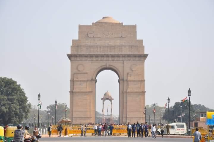 Private Tour Delhi Raj Ghat, Qutub Minar and Humayuns Tomb Including Rickshaw Ride