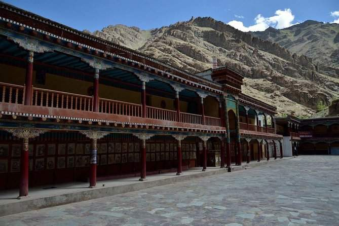 Private Tour Leh Shey Palace Thiksey Monastery and Hemis Monastery WITH GUIDE