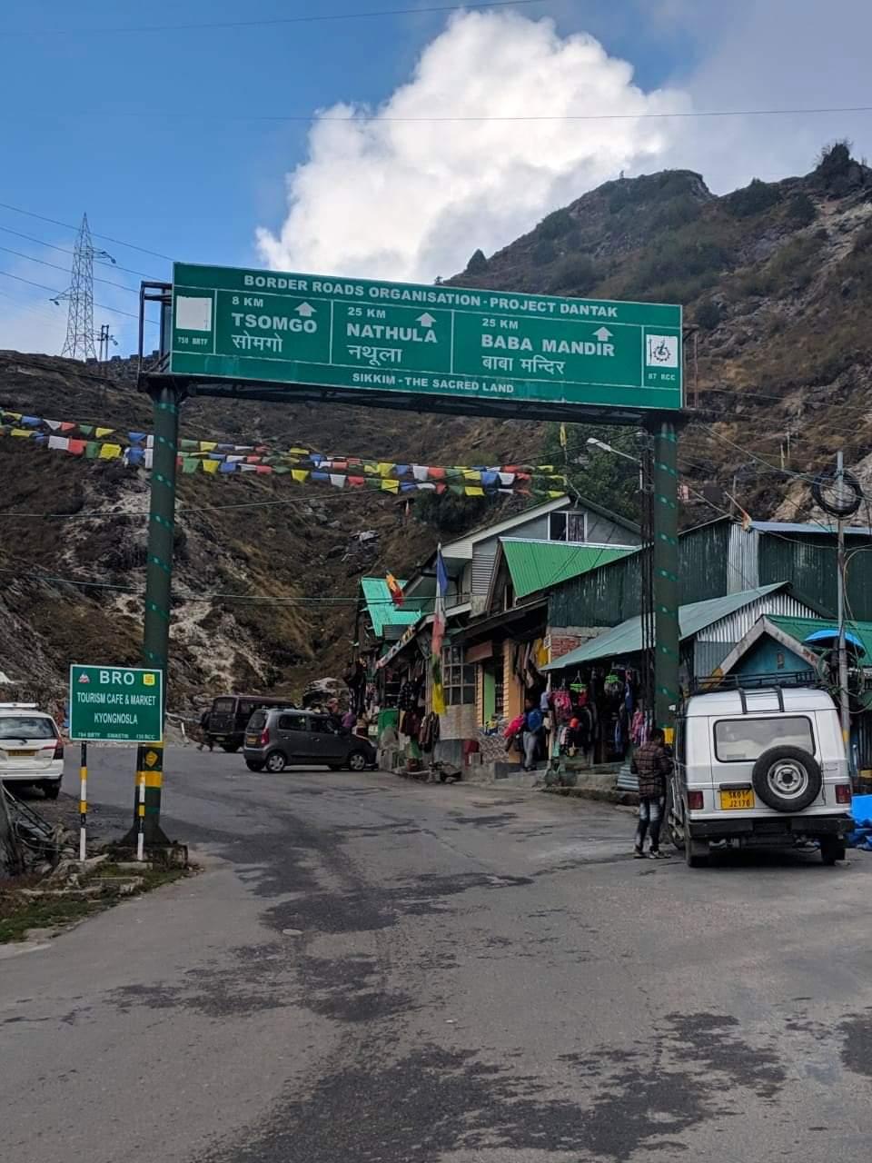 Full Day Tour of Nathu - La Pass Ex. Gangtok Sikkim