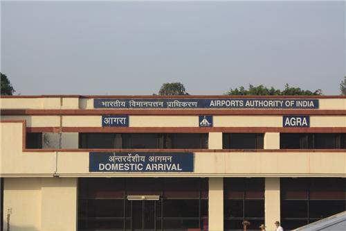 Private Transfer from Agra Airport/ Railway Station/ Hotel Excursion to Gwalior
