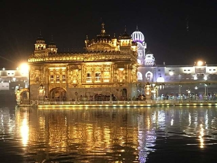 Private Tour: Golden Temple and Wagah Border in Amritsar