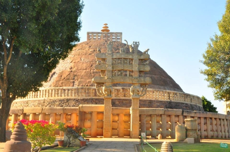 Private Bhopal Tour Sanchi And Udaypur Temple WITH GUIDE