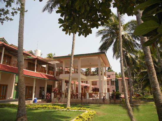 APTDC%20Haritha%20Coconut%20Country%20Resort%20Dindi%20outer.jpg