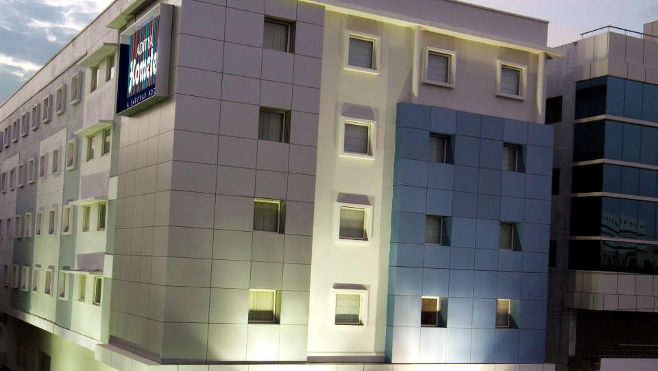 Aditya_Hometel_Ameerpet_Hyderabad_inner.jpg