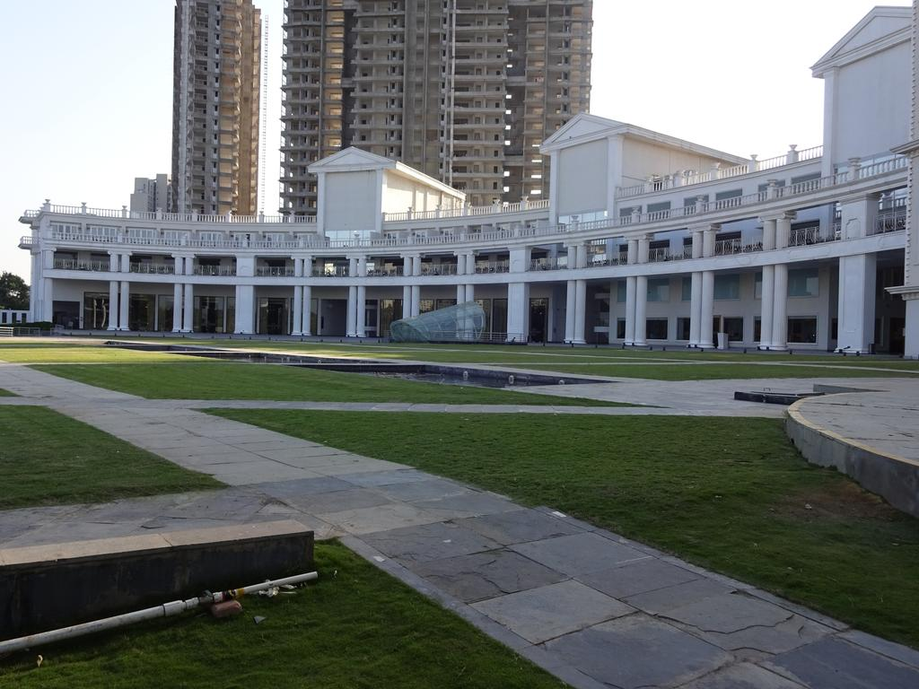 Amanora%20The%20Fern%20Hotels%20and%20Club%20-%20Pune%20(6).jpg