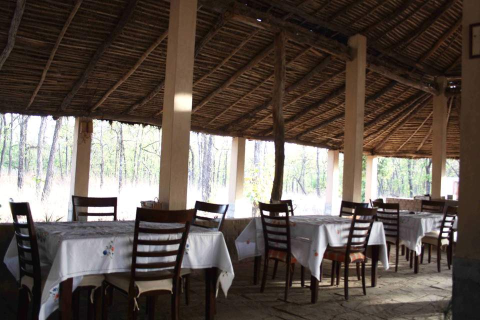 Bagh%20Sarai%20-%20Bandhavgarh%20Restaurant.jpg