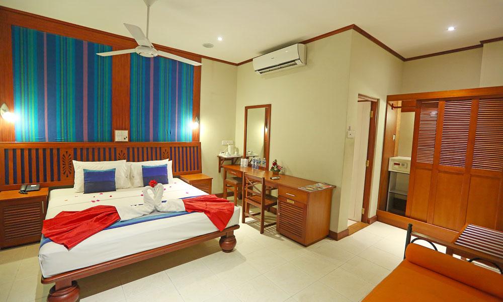 Colombo%20City%20Hotel%20Sri%20Lanka%20room%20view1.jpg