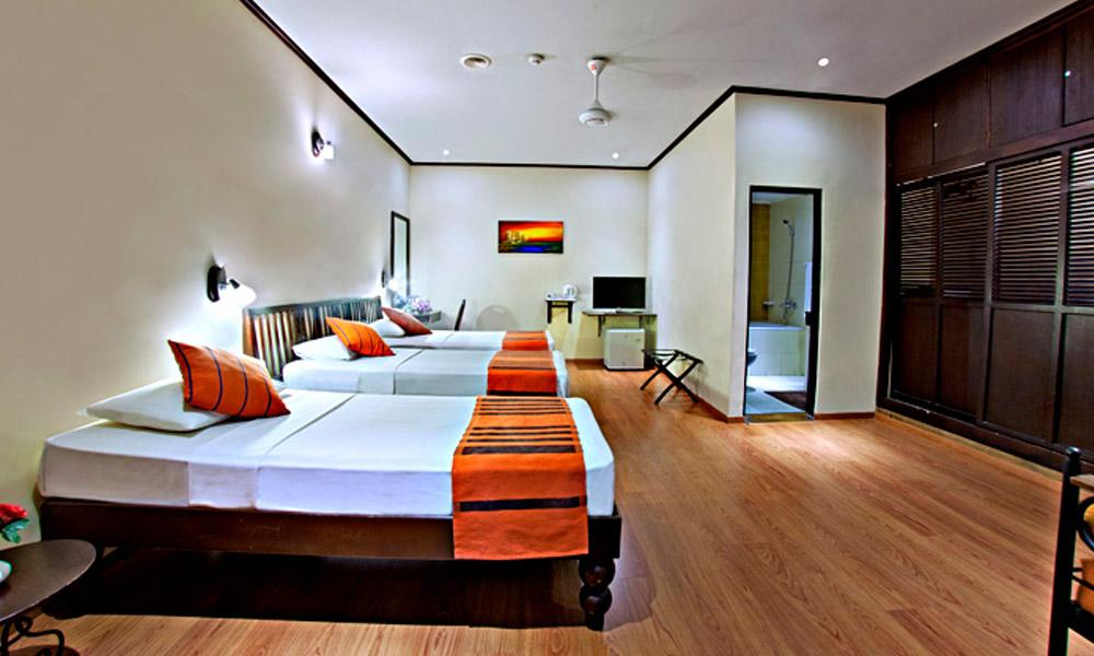 Colombo%20City%20Hotel%20room5.jpg