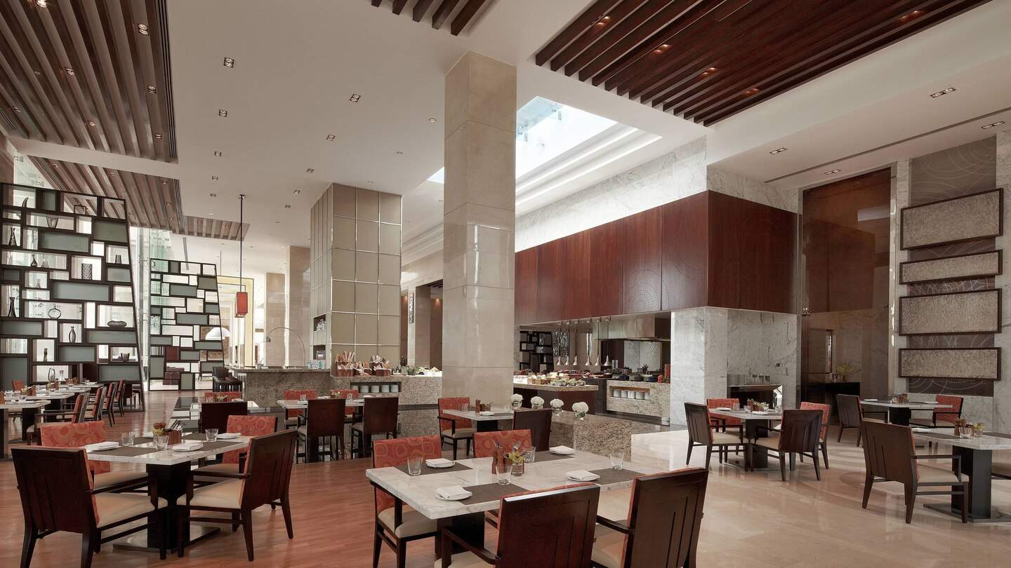 Courtyard%20by%20Marriott%20Pune%20Chakan%20dining%201.jpg