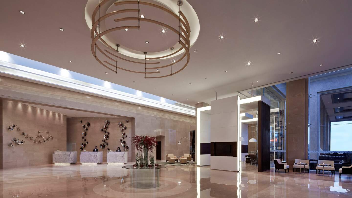 Courtyard%20by%20Marriott%20Pune%20Chakan%20lobby.jpg