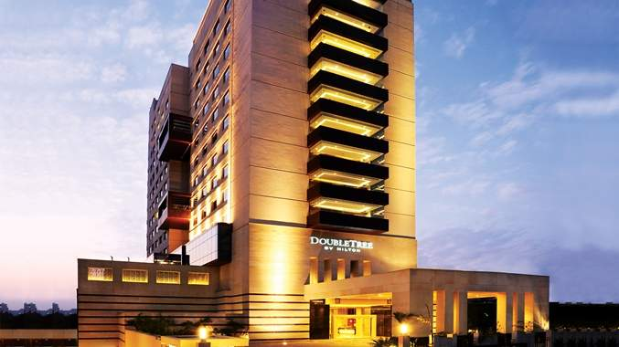 DoubleTree%20by%20Hilton%20Hotel%20Gurgaon%20overview.jpg