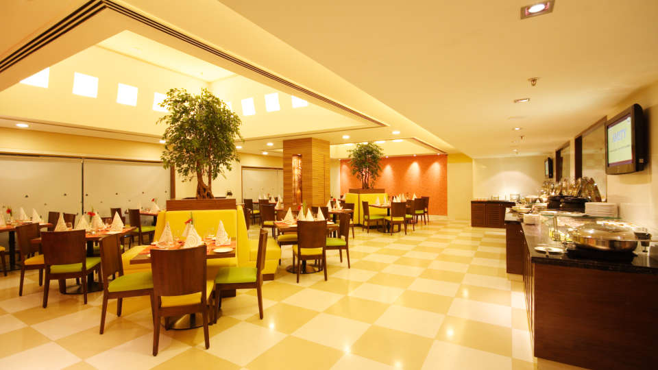 Flavors_Restaurant_Aditya_Hometel_Ameerpet_Hyderabad_2_geltte.jpg