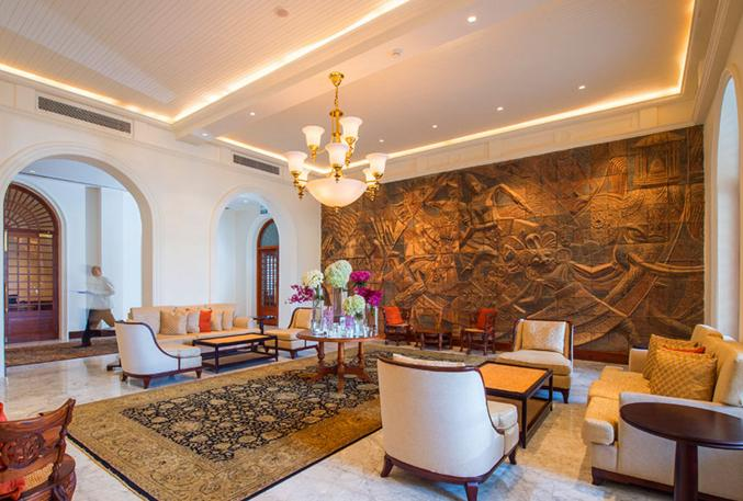 Galle%20Face%20Hotel%20Colombo%20sitting%20area.JPG