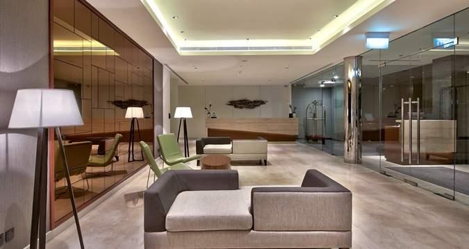 Hilton%20Colombo%20Residences%20lobby.jpg