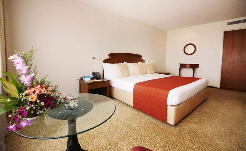 Hotel%20Galadari%20Colombo%20room.jpg