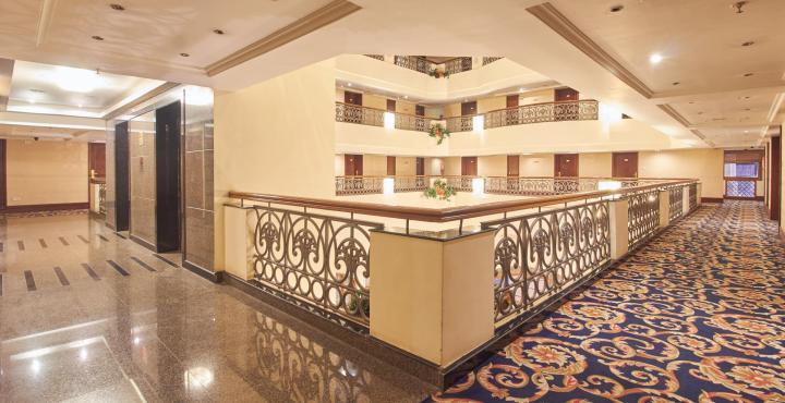 Hotel%20Kishna%20Palace%20Hospet%20(Inner%20View).jpg