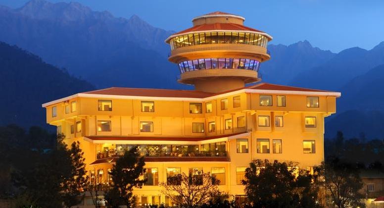 Hotel%20RS%20Sarovar%20Portico%20%20(2).jpg