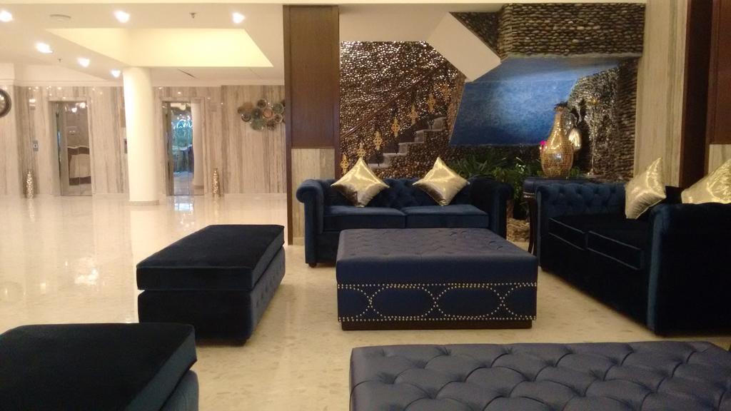 Hotel%20RS%20Sarovar%20Portico%20%20(4).jpg