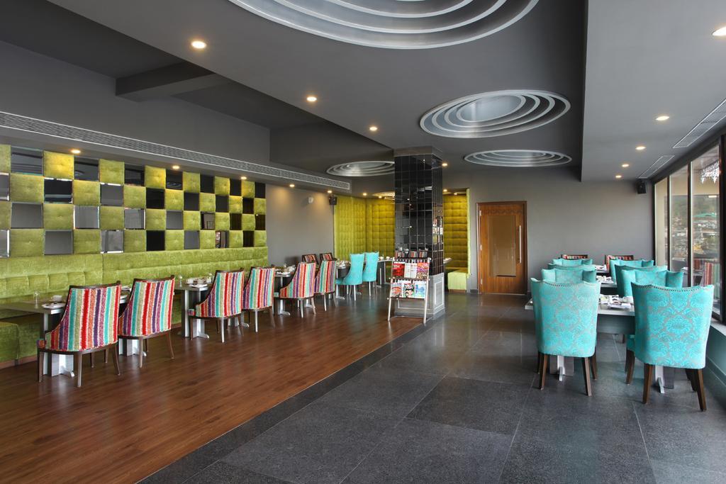 Hotel%20RS%20Sarovar%20Portico%20%20(5).jpg