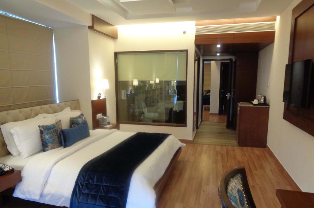 Hotel%20RS%20Sarovar%20Portico%20%20(8).jpg