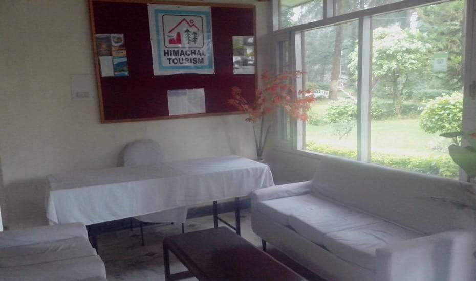 Hotel%20Tea%20Bud%20Palampur%20Sitting_Area.jpg