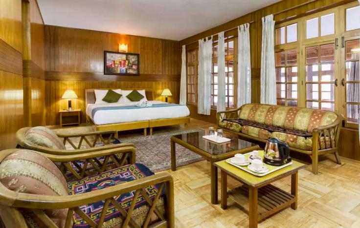 Hotel%20The%20Kaal%20Leh%20%20room.JPG