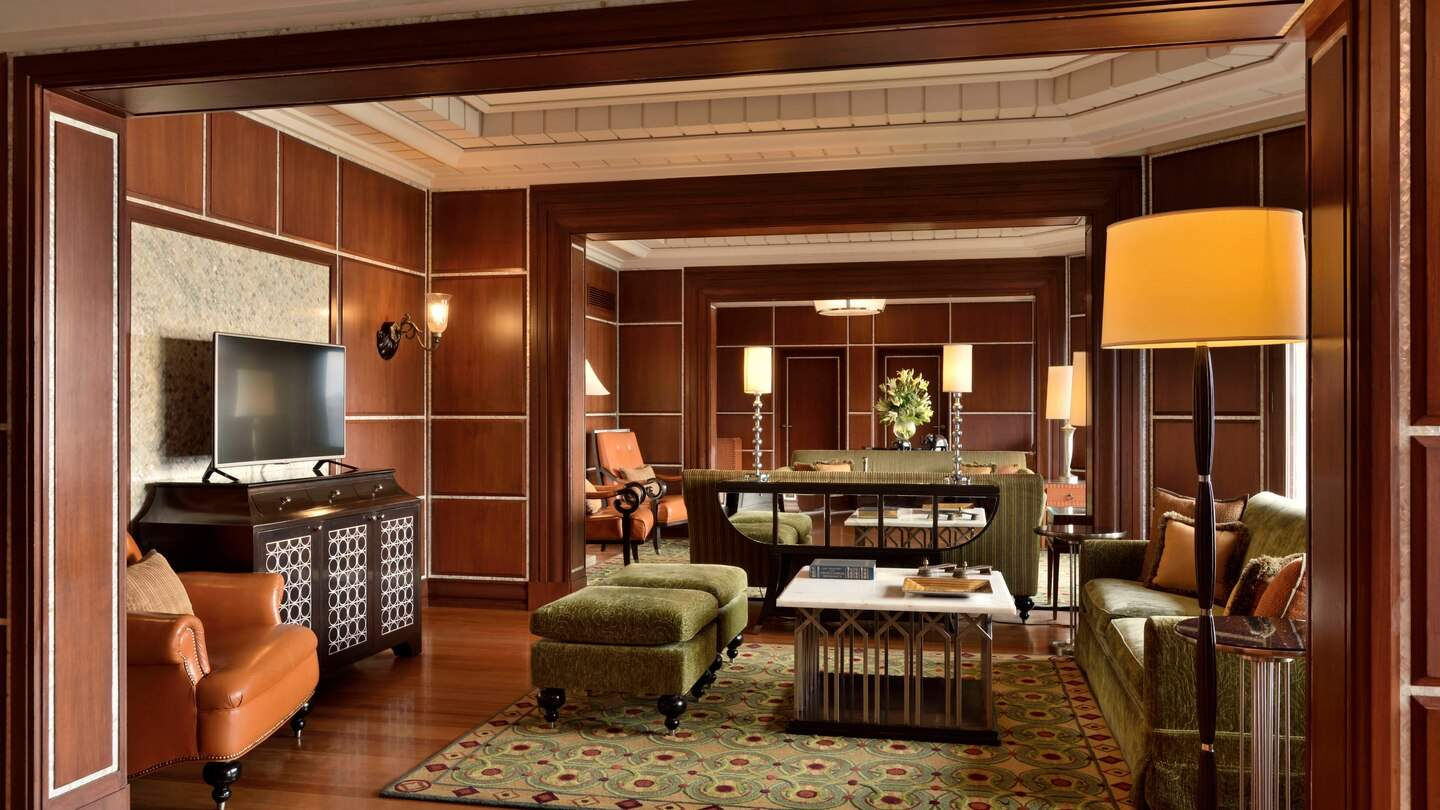 Hyderabad%20Marriott%20Hotel%20and%20Convention%20Centre%20presidential%20suite.jpg