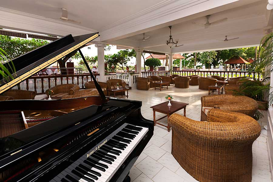 Ideal%20river%20view%20Tanjore%20piano%20lobby.jpg