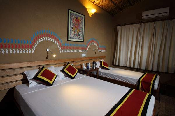 Jungle Villa Resort Chitwan room2.jpg