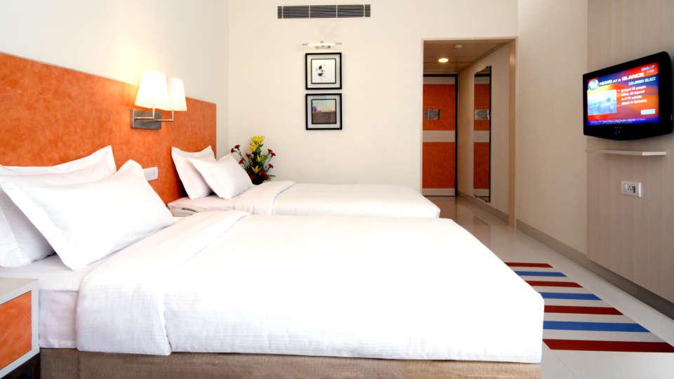 Room_Aditya_Hometel_Ameerpet_Hyderabad_2_chimrv.jpg