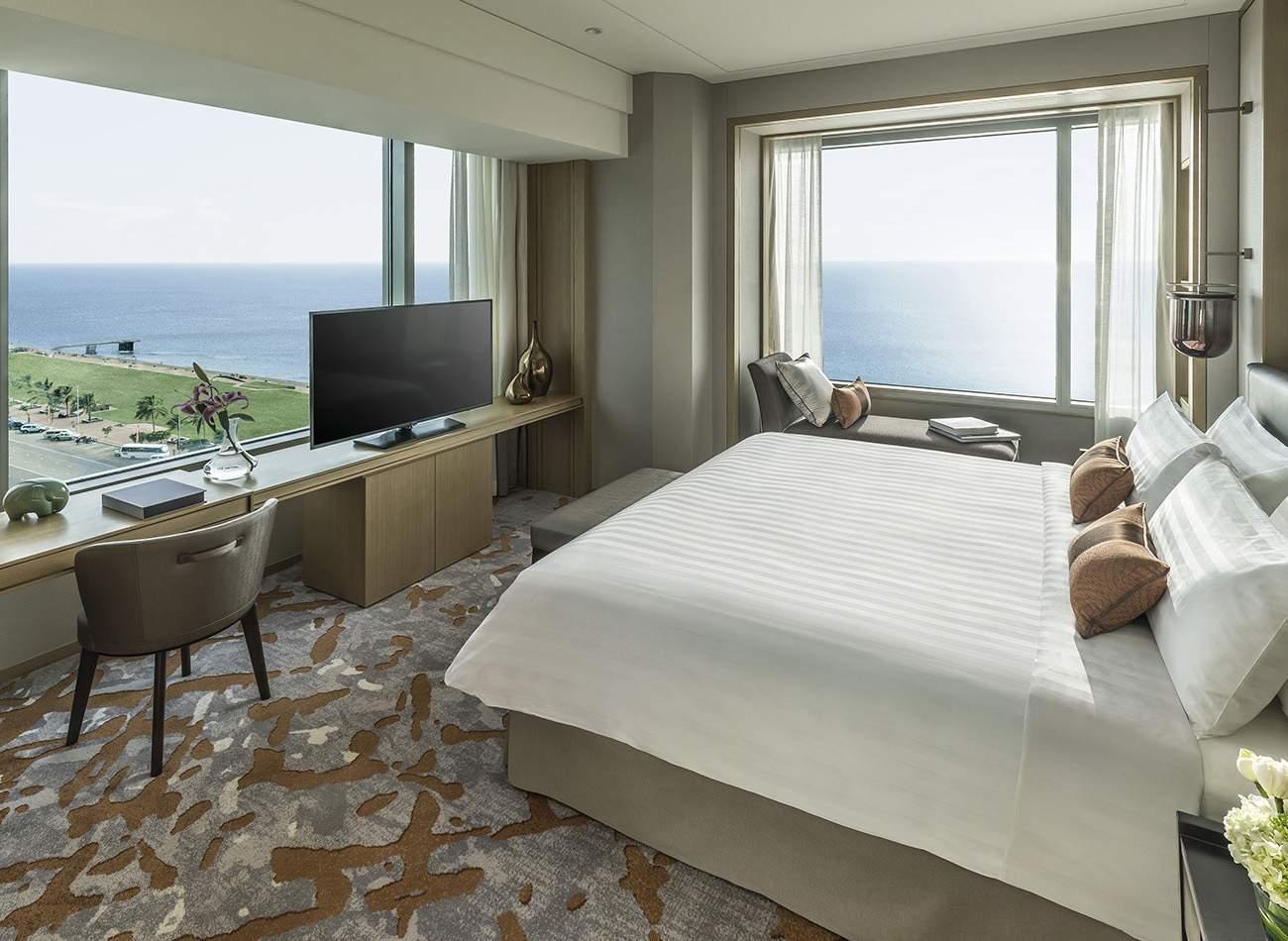Shangri%20La%20Hotel%20Colombo%20Two%20Bedroom%20Apartment%20-%20Master%20Bedroom.jpg