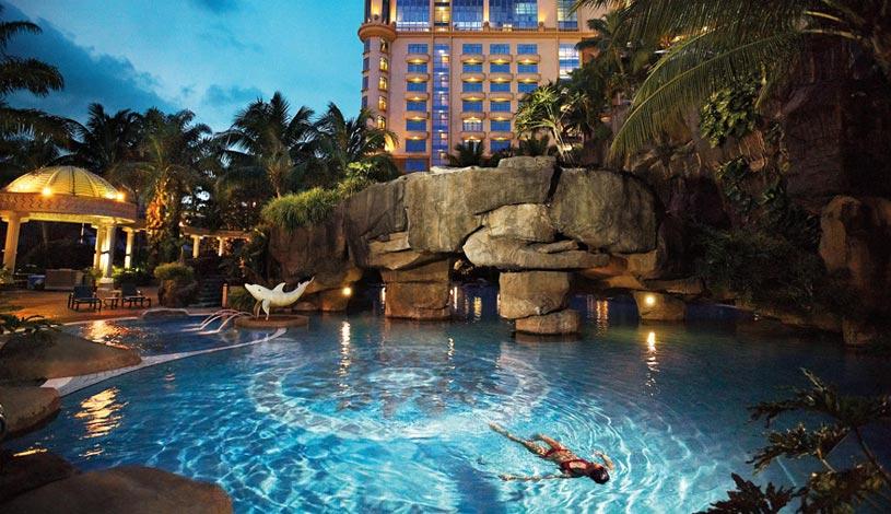 Sunway-Resort-Hotel-And-Spa-Malaysia-Pool.jpg