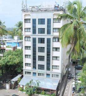 The%20Emerald%20Hotel%20And%20Service%20Apartments%20Juhu%20Outerview.jpg