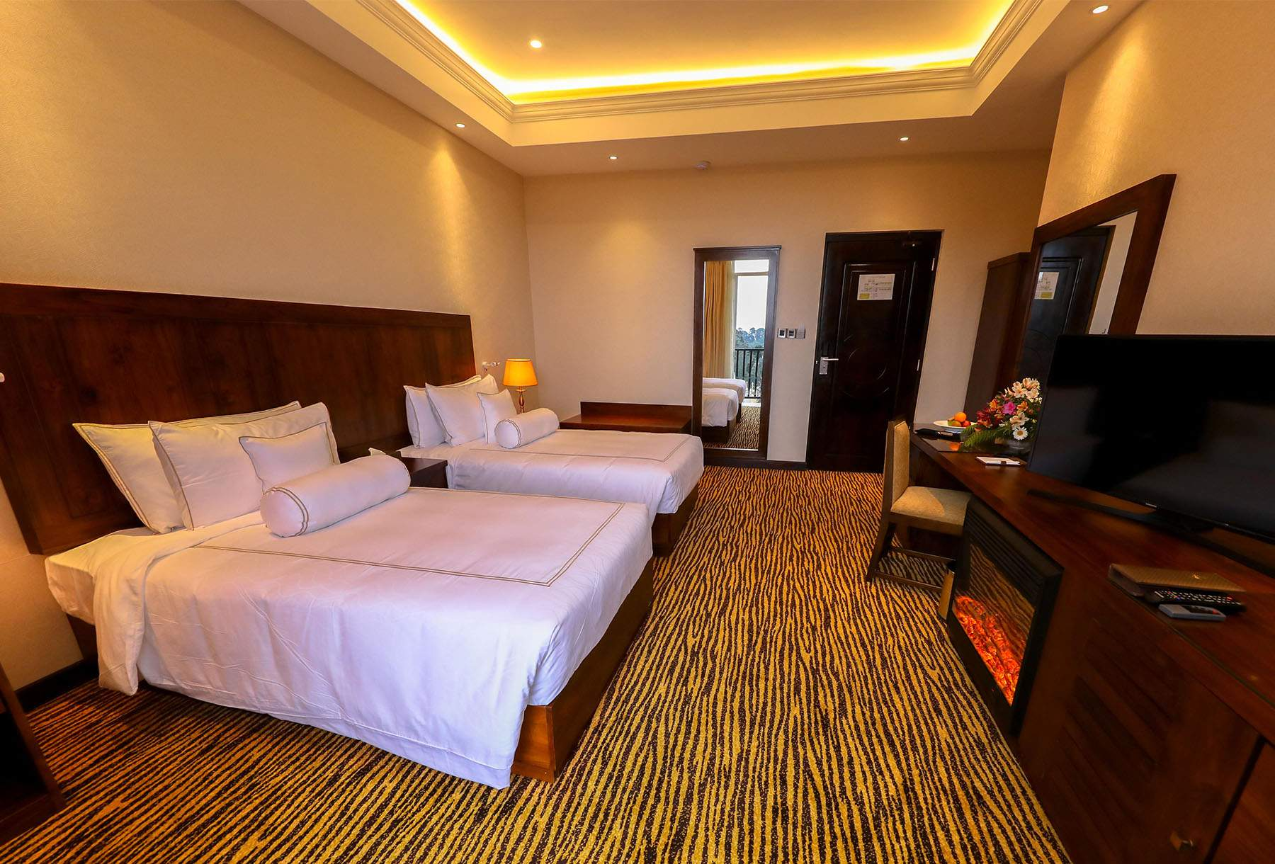 The Golden Ridge Hotel Nuwara Eliya room4.jpg