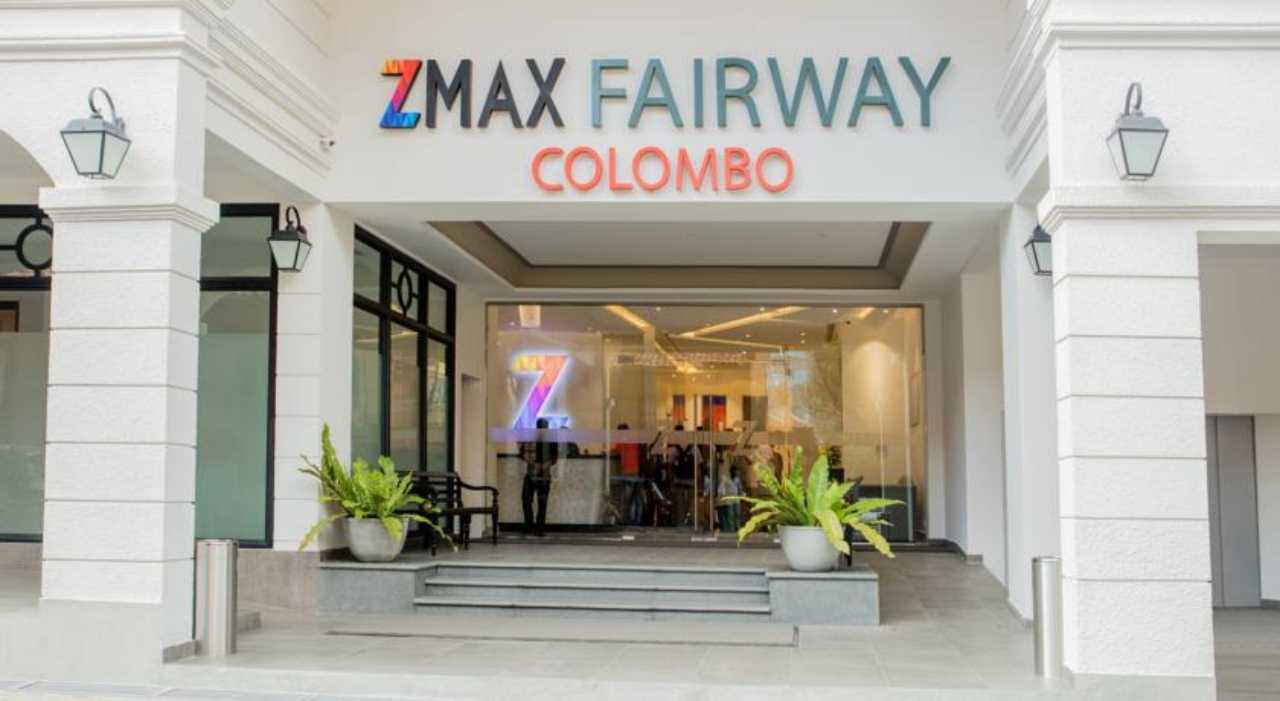Zmax%20Fairway%20Colombo%20entrance.jpg