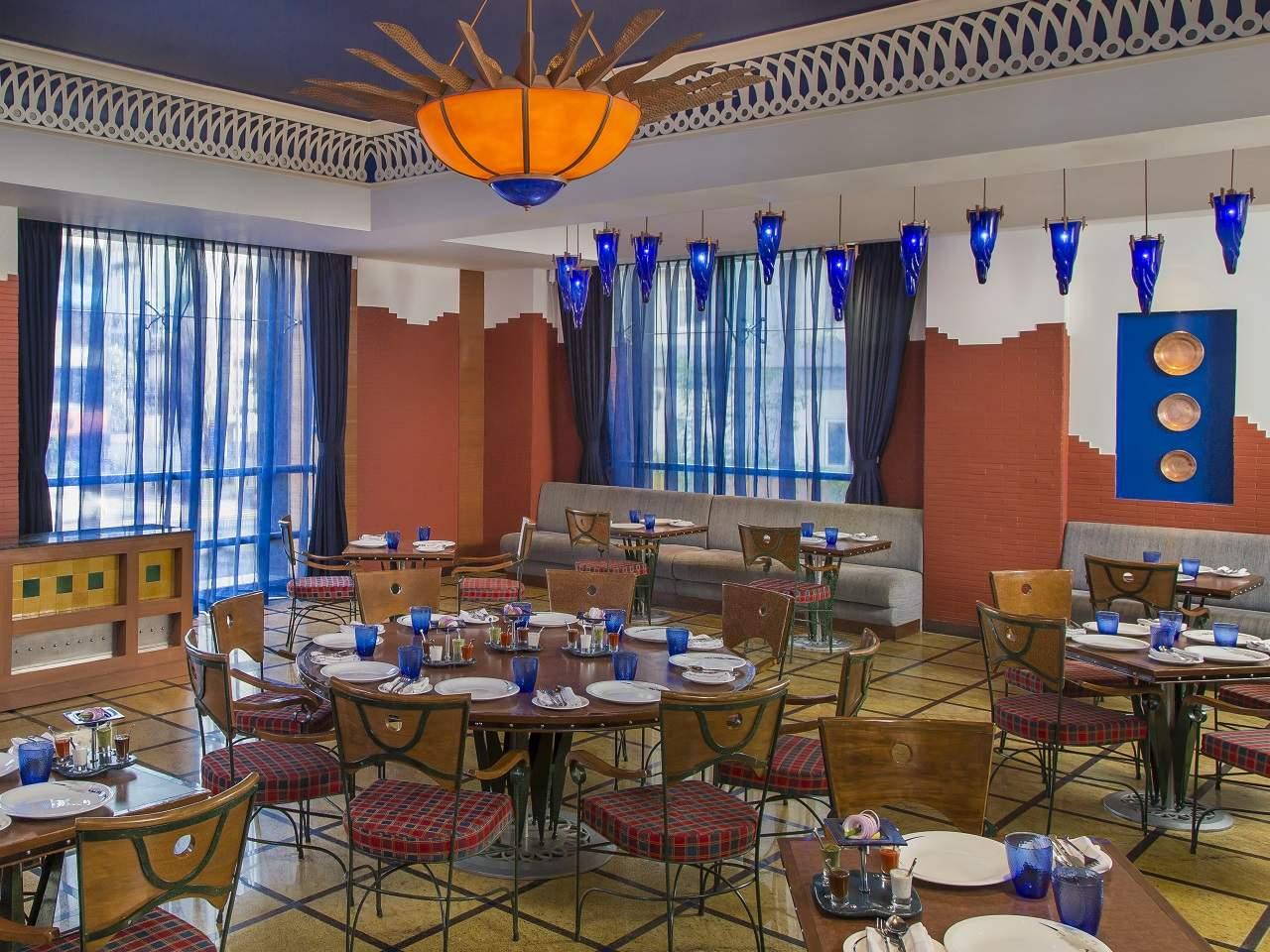 dining-4_1280x960.jpg