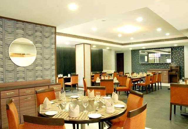 dining18.jpg