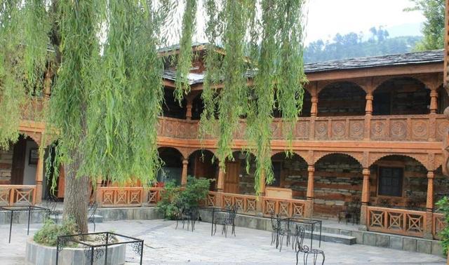 hotel-the-castle-nagar-exterior-.jpg