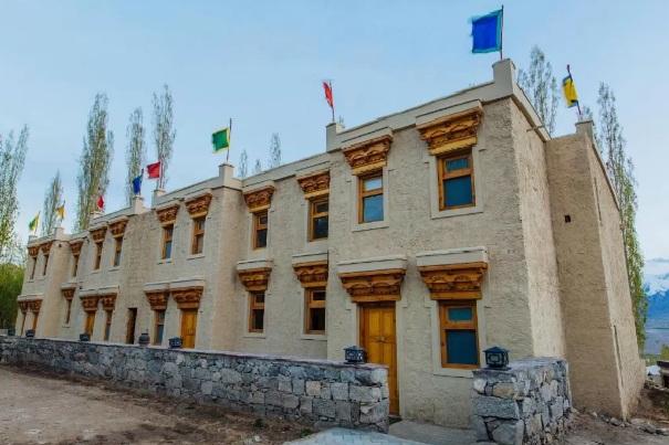 ladakhserai%20(7).jpg