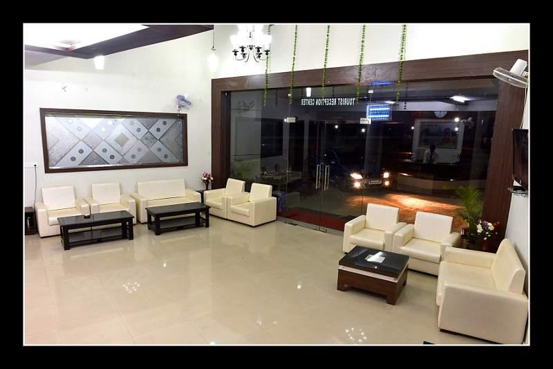 lobby74.jpg