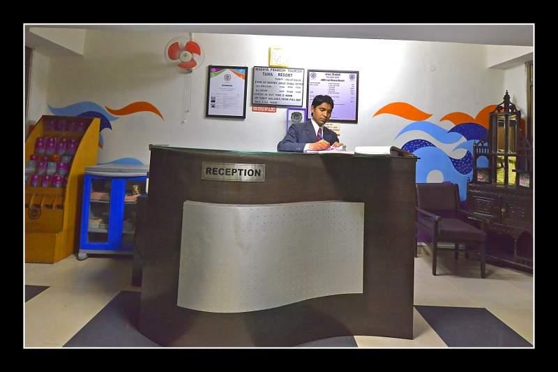 reception81.jpg