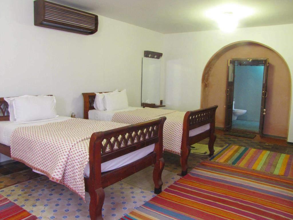 room142.jpg