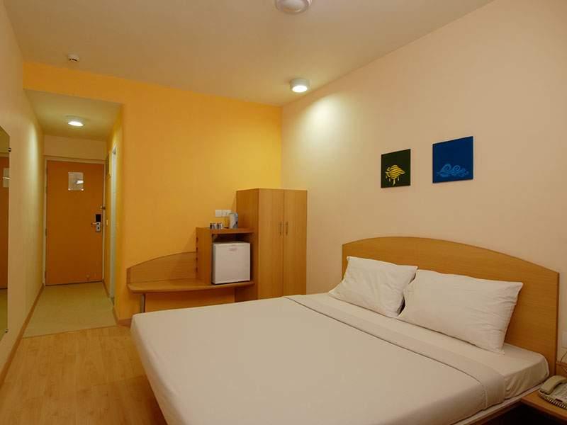 standard-room-in-ginger-bhubaneshwar.jpg