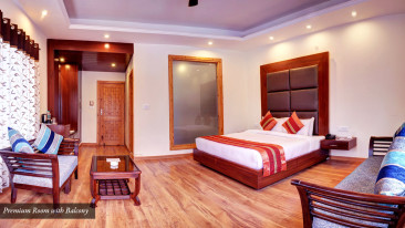 summit%20r%20manali%20family%20room.jpg